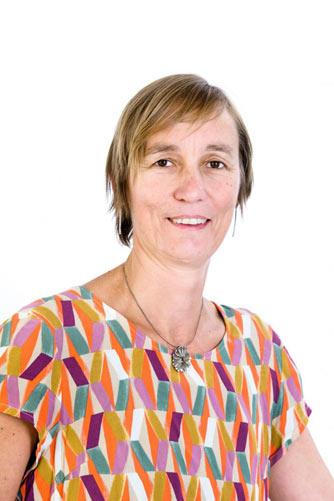 Nathalie Lemarié, Docteure en Pharmacie,  Directrice des Affaires Réglementaires, Pharmacien Responsable et Directrice Générale Déléguée